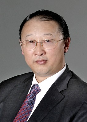 Dr Jun Li