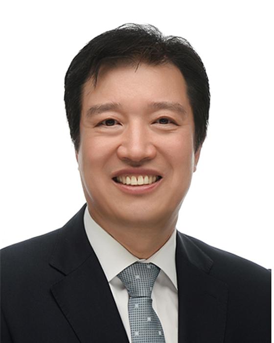 Dr. Kern Yong Kang
