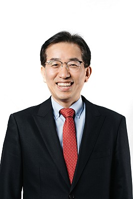 Prof. Kyoungdoug Min